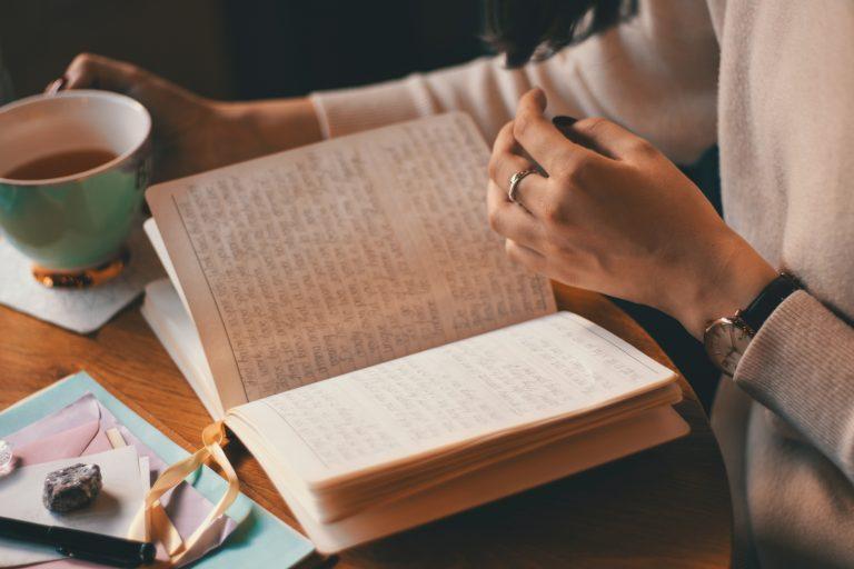 Komme deiner Intuition näher mit Journaling
